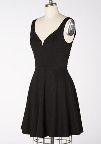 One More Toast Dress in Black - Click Image to Close